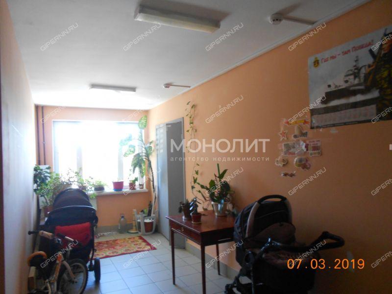 трёхкомнатная квартира на Московском шоссе дом 27а