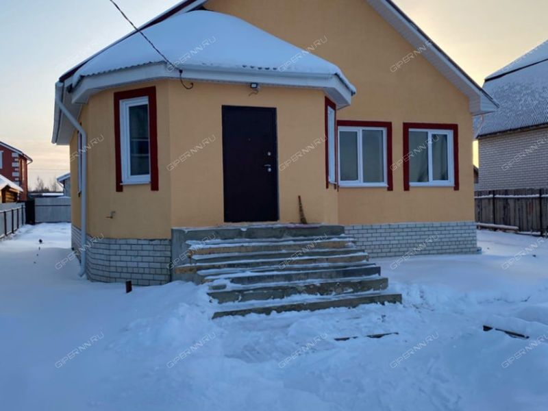 дом на Полевой улице село Кирилловка