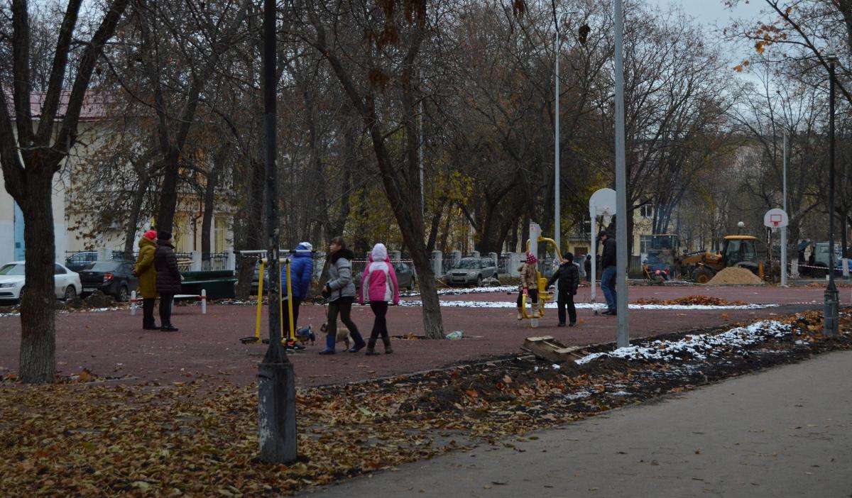 Ремонтировать дворы в Нижегородской области начнут уже в мае - фото
