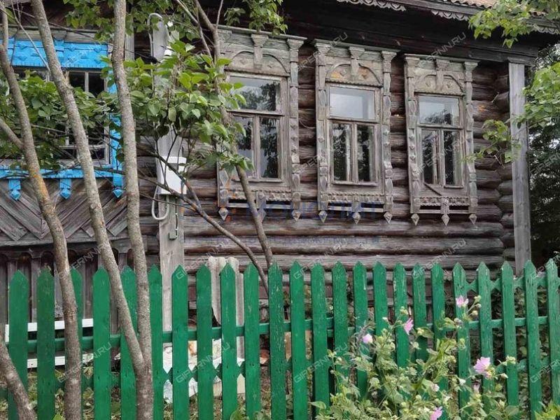 дом на  деревня Попышово