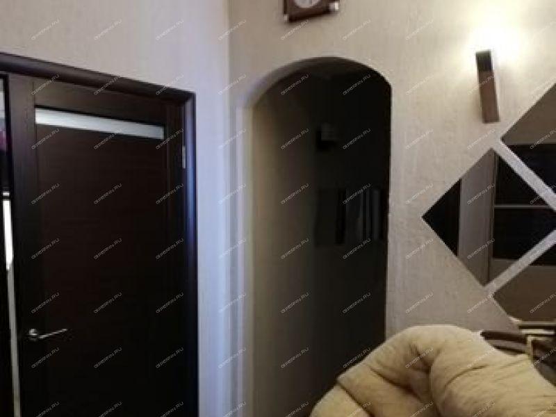 двухкомнатная квартира на улице Дзержинского дом 8 город Саров
