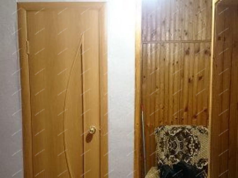 двухкомнатная квартира на улице Заводская село Чернуха