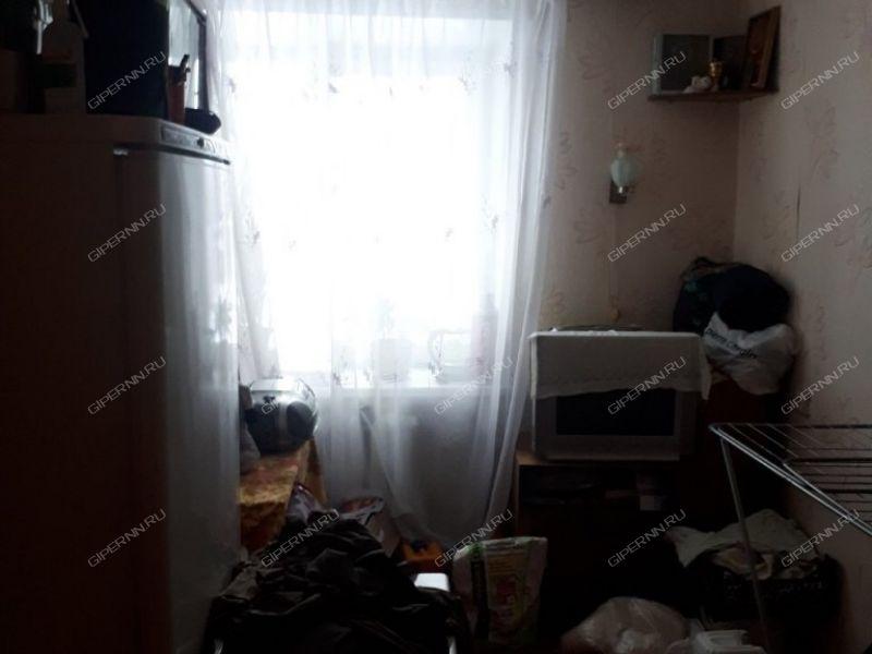 трёхкомнатная квартира на улице Комсомольская дом 6 деревня Берёзовка
