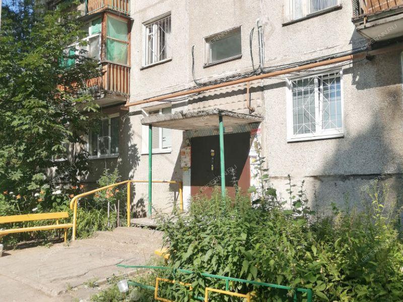 трёхкомнатная квартира на улице имени Генерала Ивлиева дом 35 к2