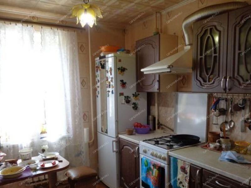 трёхкомнатная квартира на  рабочий посёлок Гидроторф